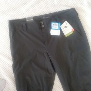 NWT COLUMBIA SATURDAY TRAIL PANTS